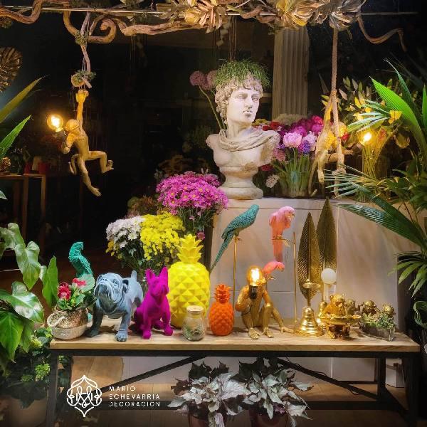 Escaparate y Decoracion Comercial Mario Echevarria: Floristerías-FLOWERS & EVENTS - Donostia