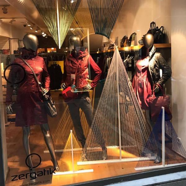 imagen noticia: Escaparate de luz y de color en ZERGATIK Pamplona