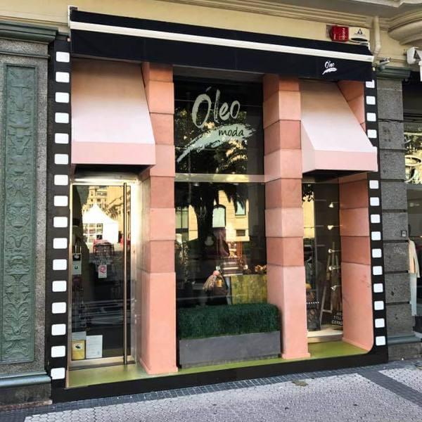 imagen noticia: La fachada de ÓLEO MODA se convierte en PRETTY WOMAN