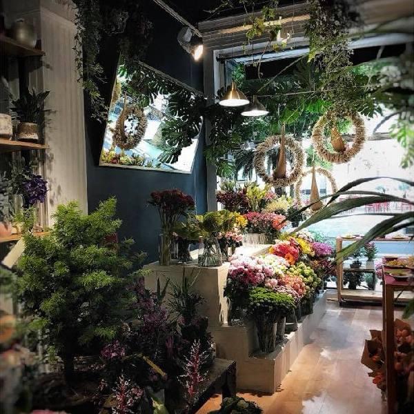 imagen noticia: ¡Un diseño renovado para la floristería FLOWERS & EVENTS!