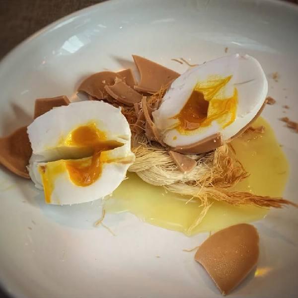 imagen noticia: Justino y su deleite culinario en LA TORRE VALDEMORILLO