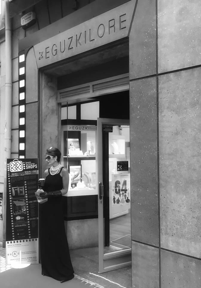 Foto noticia AUDREY HEPBURN se pasa por EGUZKILORE JOYA